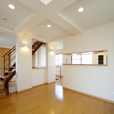施工事例「*2世帯住宅* 耐震性、遮音性、安全性で快適な暮しを」のサムネイル画像